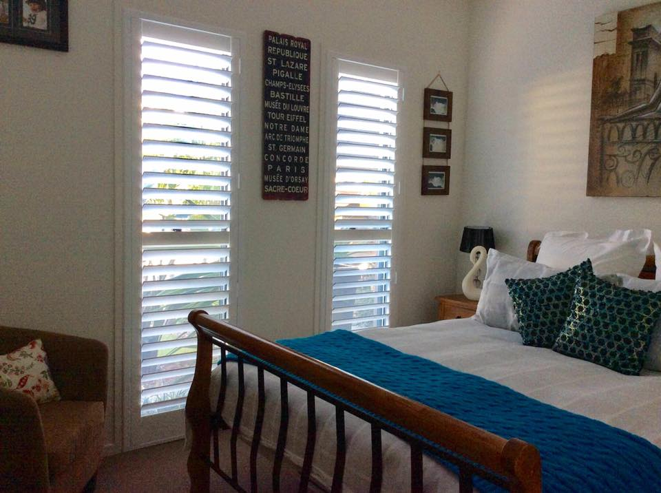 white plantation shutters biggera waters
